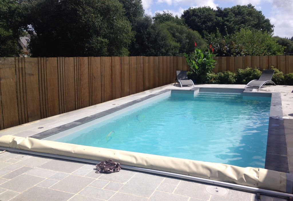 Paysagiste et piscinier cr apaysage for Piscine 8x3