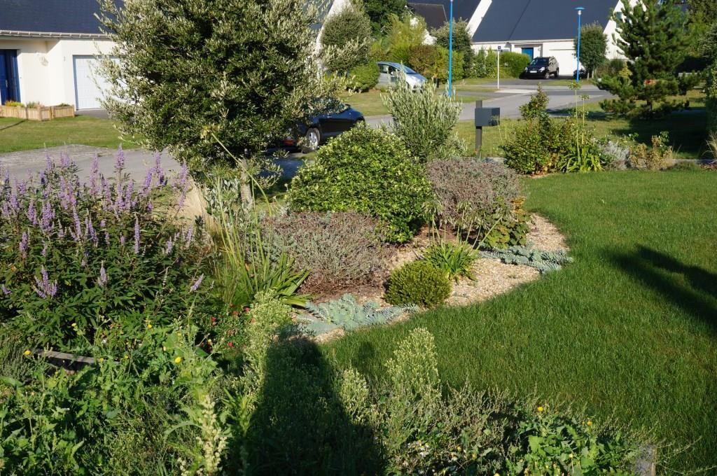 Cr er son jardin sur mesure cr apaysage for Entretien jardin ploemeur